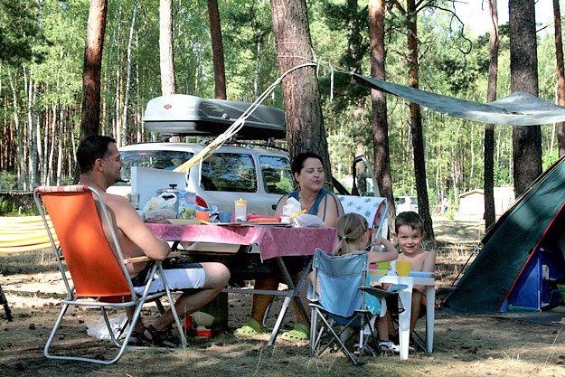 Family vacation at the campsite
