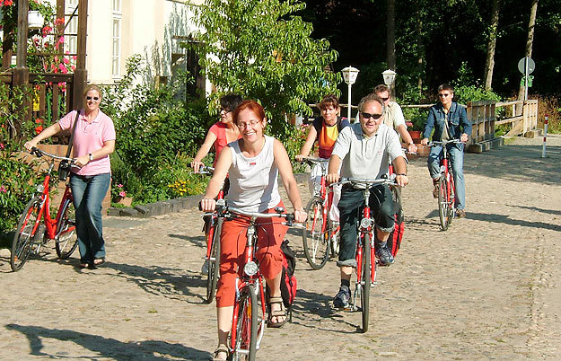 Cyclists tour in Schlaubetal